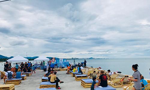 สะพานปลาหัวหิน จุดท่องเที่ยวซื้อขายอาหารทะเลราคาถูกกว่าท้องตลาด